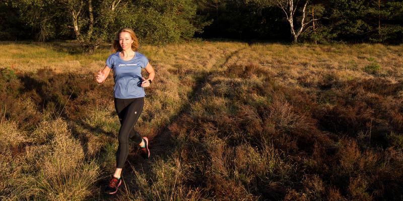 Hardlopen naast je drukke baan? 5 tips om het vol te houden!